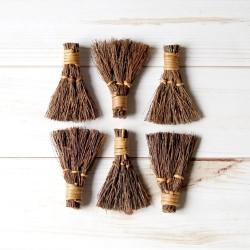 The Mini Broom Cinnamon and Apple Splendor.